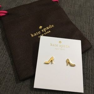 NWT high heel stud earrings